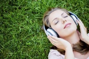 Você sabia que ouvir música faz bem à saúde?
